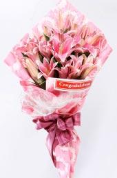 Lily hồng II